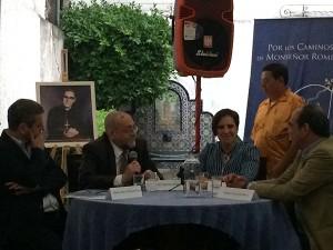 Foto de conversatorio